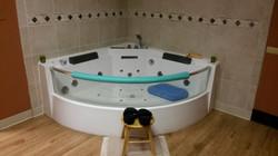 fountain suite tub