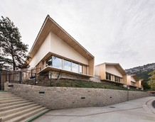 Ecole bioclimatique St Antonin Noble Val