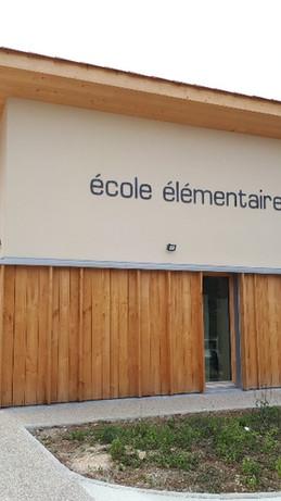 Bardage bois pour l'école Paul Bayrou de St Antonin Noble Val