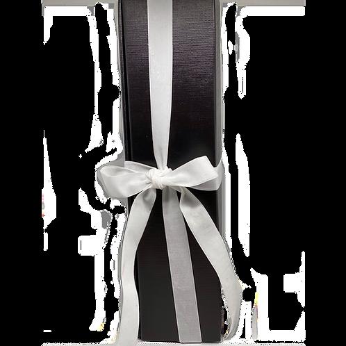 1er Geschenkverpackung Schwarz mit weißem Band