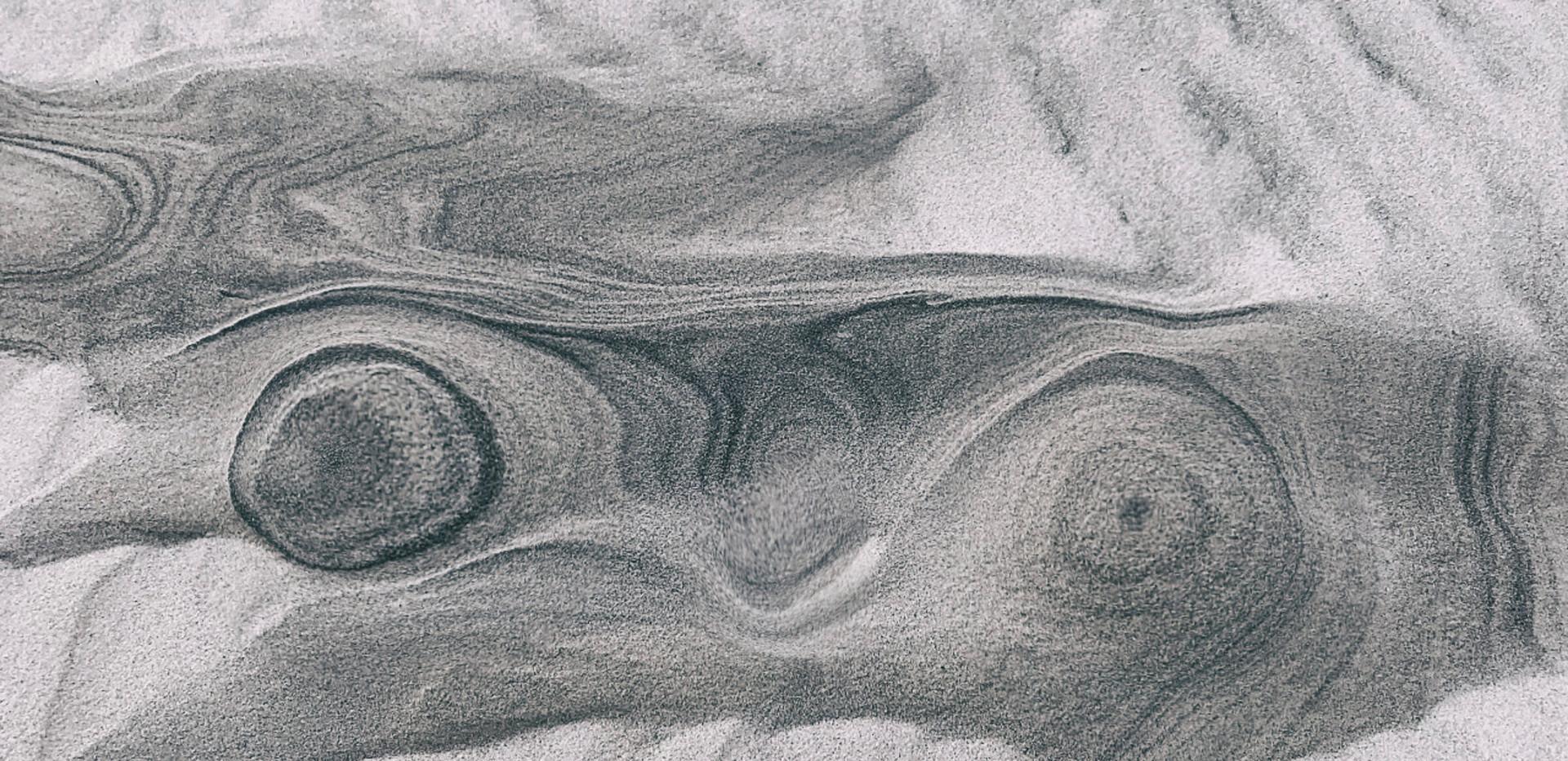 13-03_Sandy boobs