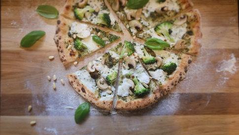青醬綠野鮮蔬披薩