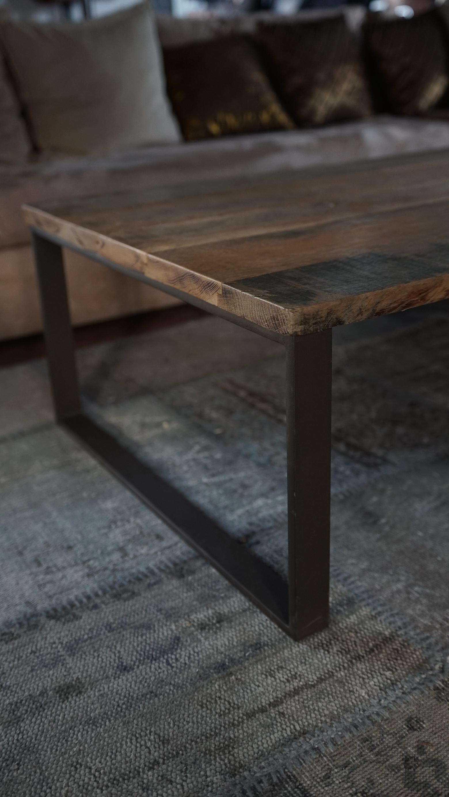 table basse métal et chêne