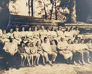 _1949 Swimming at Pocallo.JPG