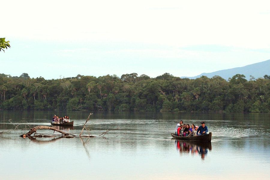 Madidi jungle tour canoeing Yuruma Journeys