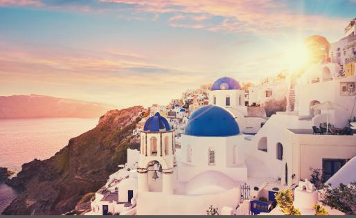 Okúzlilo vás prekrásne Santorini? Tu sú dôležité informácie pred cestou