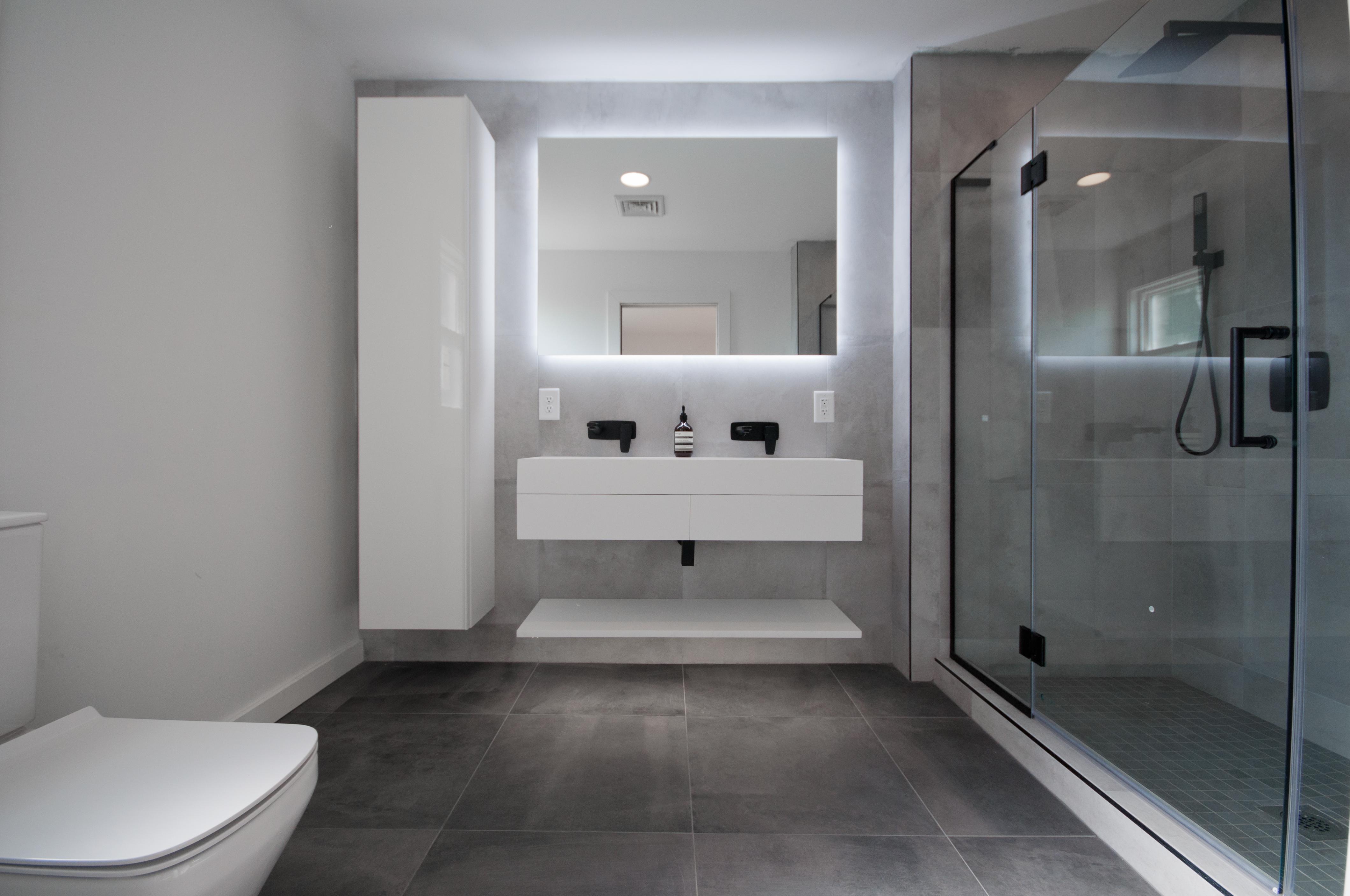 Seneca Master Bath Listing