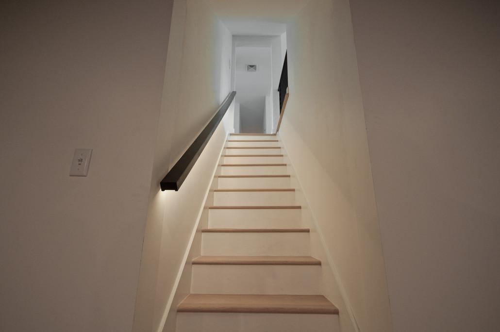 Seneca LED Handrail Listing.jpg