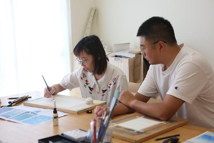課程_繪畫創作_興趣與職業探索課程後續,再依個案生涯規劃媒合業師指導。圖為個案重