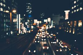 Tráfego da cidade na noite