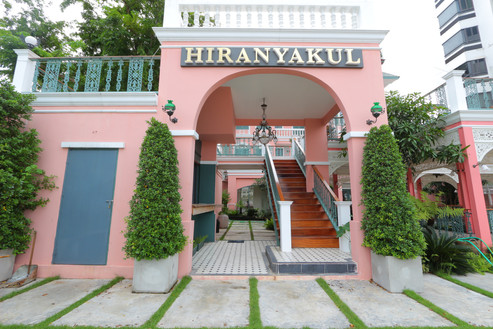 Hiranyakul house samsen Soi 3