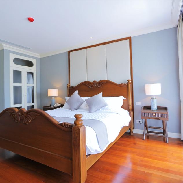 Suite 1 bedroom River view