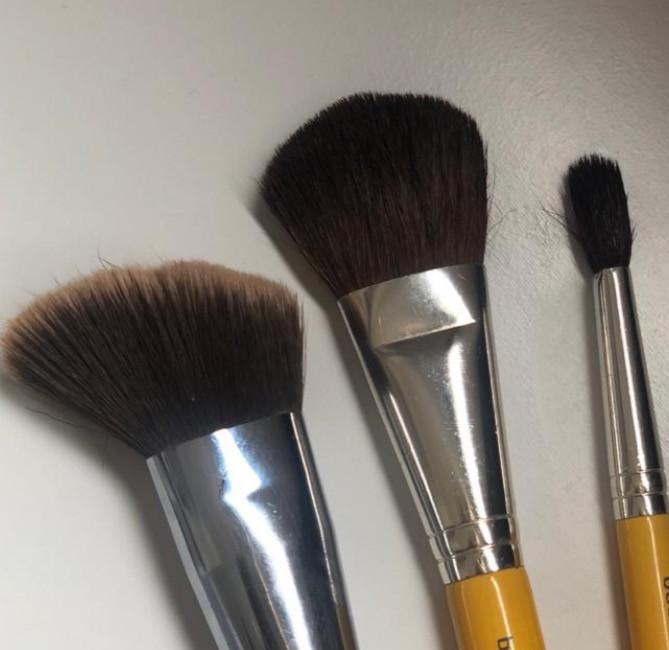 pincéis de maquiagem para conseguir makes com resultado profissional