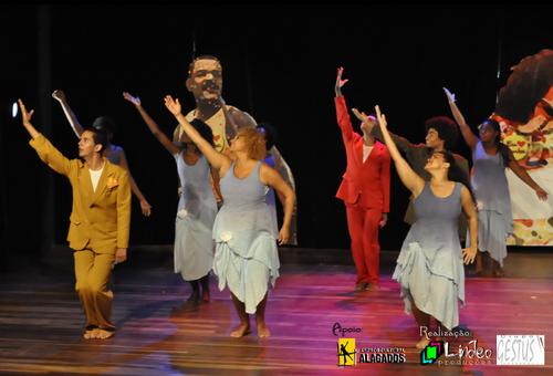 2015 - O Samba pede passagem