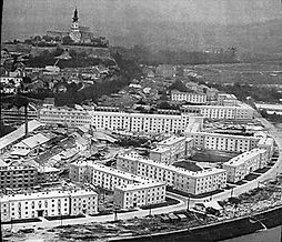 Sidlisko Predmostie kedysi moderná architektúra Nitra Michal Maximilian Scheer