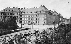 prvy obecny bytovy dom architekt Krupka moderná architektúra Nitra
