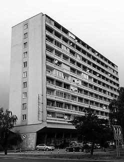 bytový dom 101A Architekt M. M. Scheer moderná architektúra Nitra