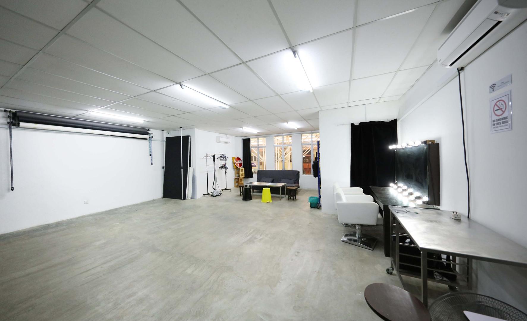 Studio C-1.JPG