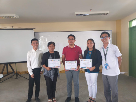 Awarding of Certificate of Recognition to Research Panelists