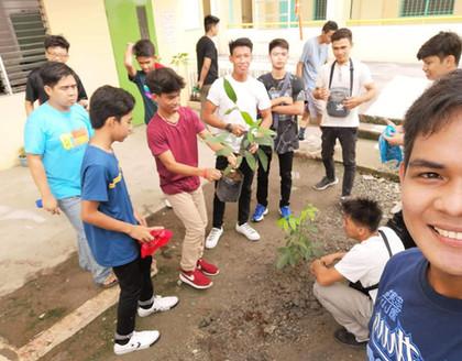 ALS Tree Planting 1.jpg