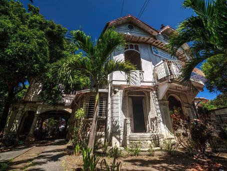 Minecraft Team 1: Ancestral House at Tahimik St. Imus City, Cavite
