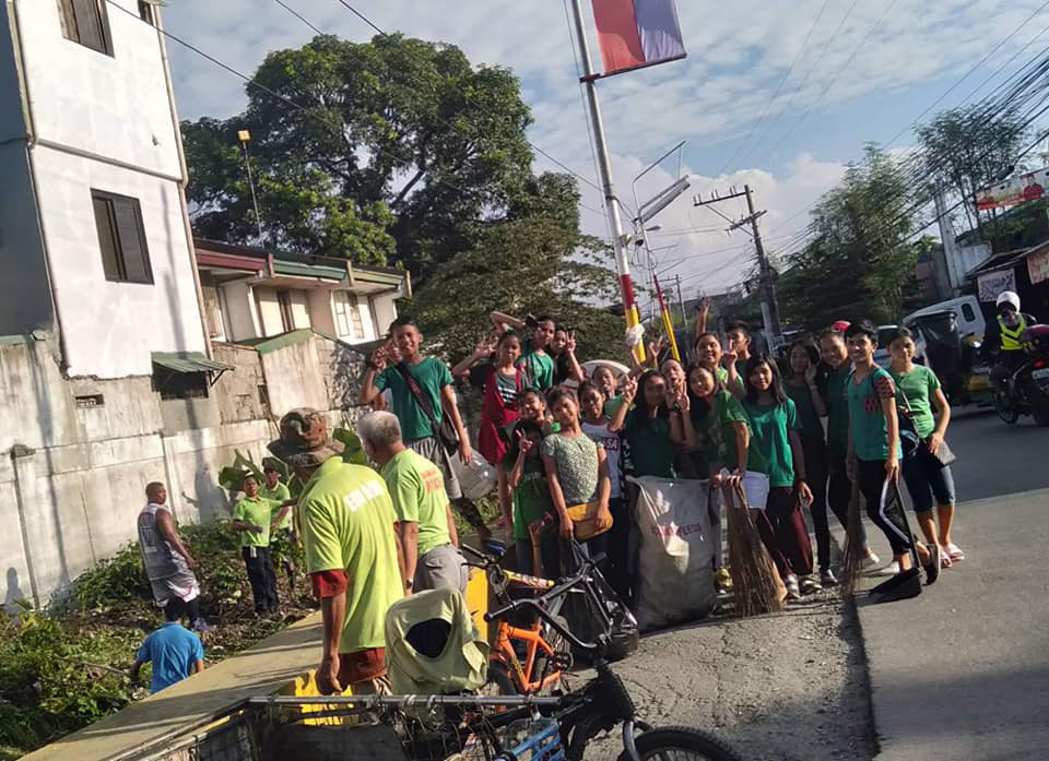 Yes-O Officers Clean Up Drive at Bucandala III, Imus City, Cavite