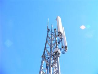 Taxes sur les antennes GSM - Les villes et communes obtiennent un arrêt favorable de la Cour de Just