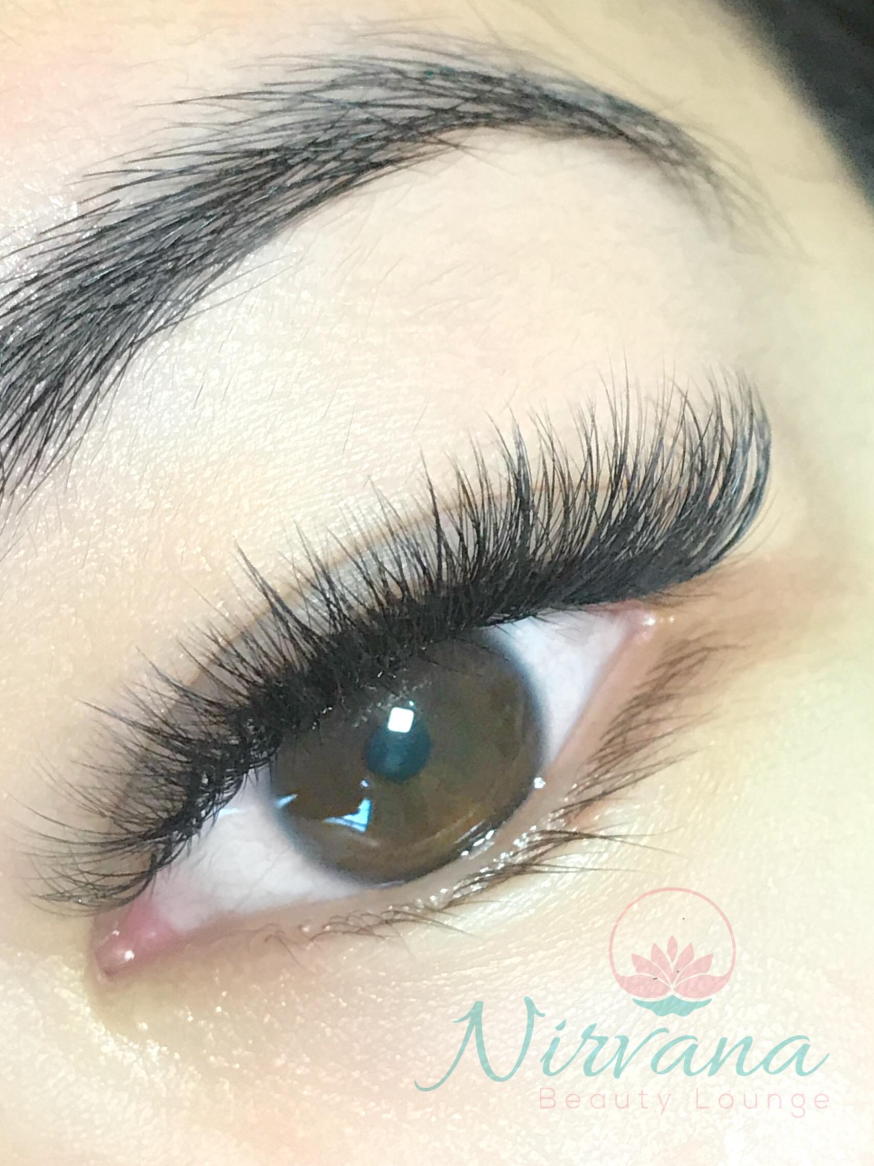 Mega-volume-lashes