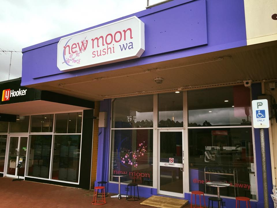 New Moon Sushi