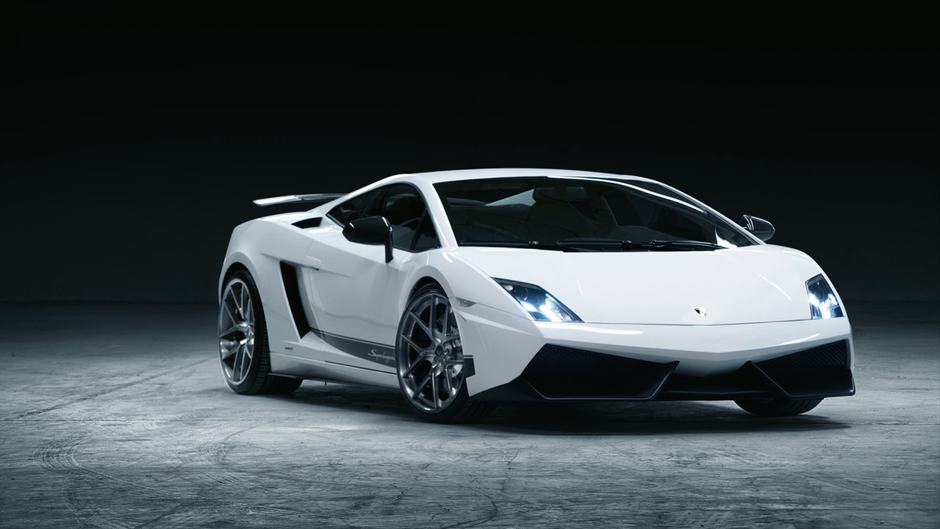 white-cars-hd-wallpapers-free-download.jpg
