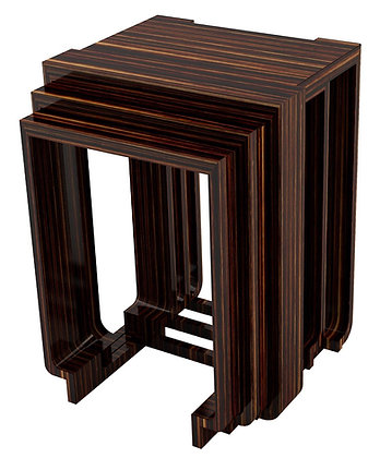 WINDSOR NESTING TABLES