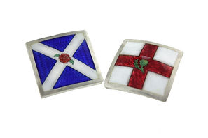 BISPOKE ENAMEL CUFFLINKS SYMBOLIING THE LOVE OF A SCOTTSMAN AND AN ENGLISH WOMAN
