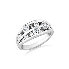 SCATTERED DIAMOND AND WHITE GOLD RING