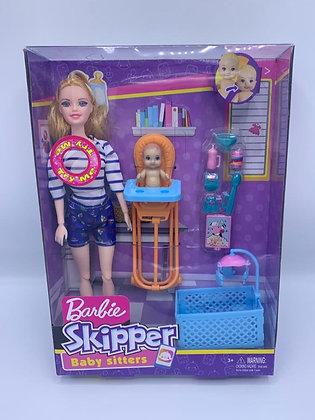 Muñeca tipo Barbie Skipper con musica TR
