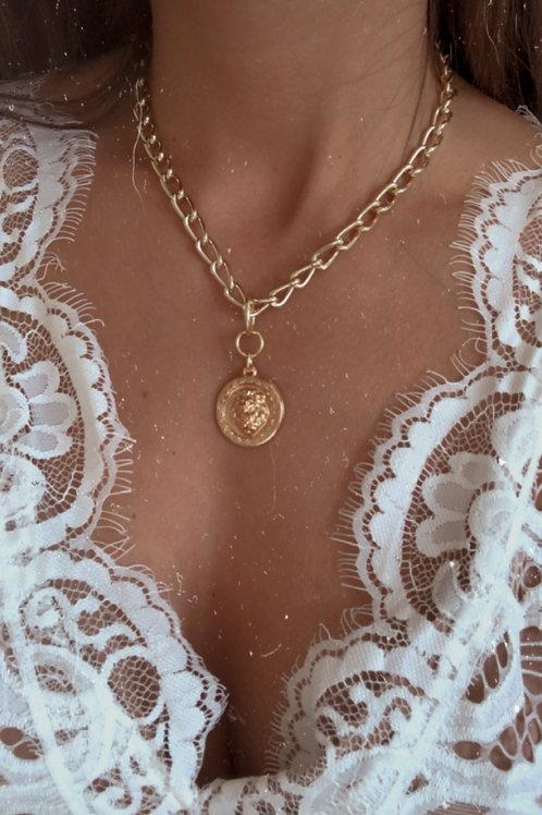 Colar Tiger Medalha Dourado Luxo