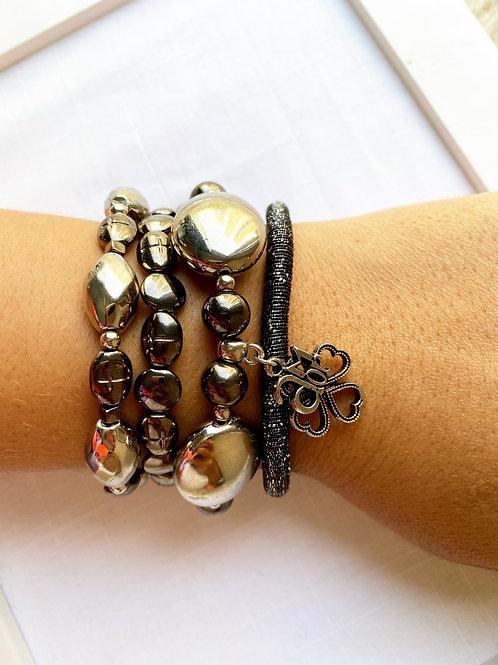 Mix de pulseiras Amor