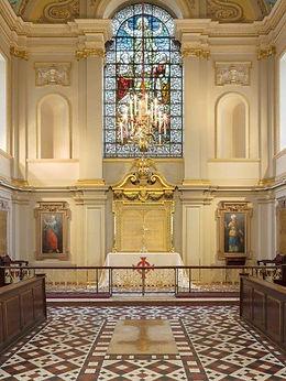 St Giles - portrait.jpg