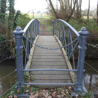 Footbridge over Hammer Stream