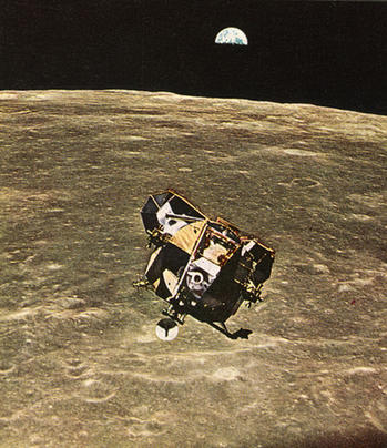 378_looking-back-at-the-earth-7.jpg