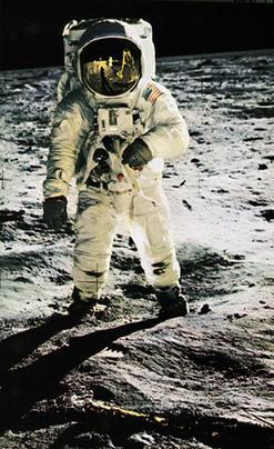 268_man-on-the-moon-1.jpg