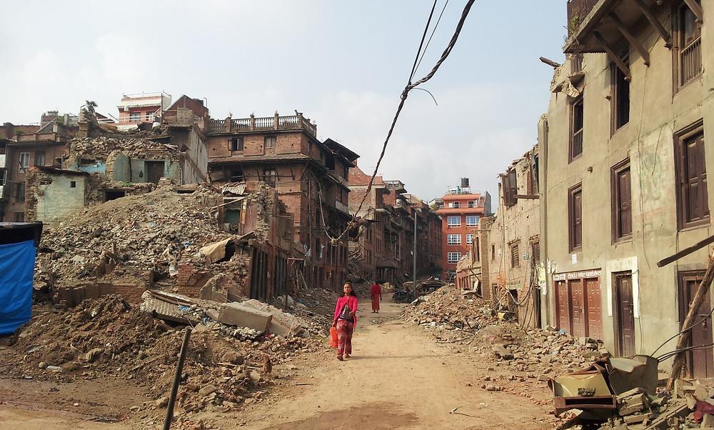 地震1か月後のバクタプル市街