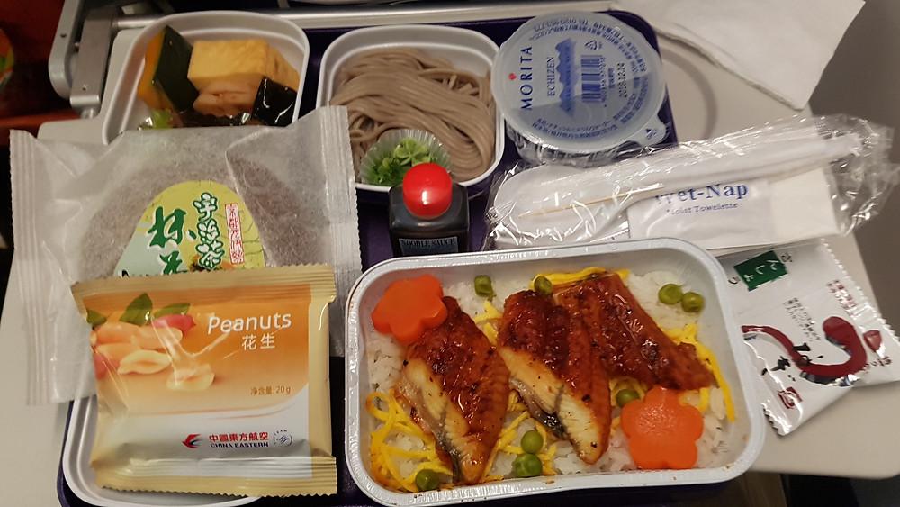 関空~上海(エコノミークラス)の機内食