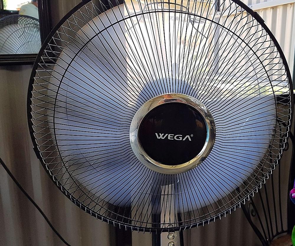 WEGA (ベガ) の扇風機、もちろんSONY製ではない(笑