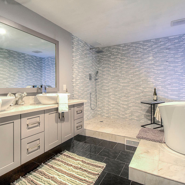 Modern Bathroom Remodeling Ideas