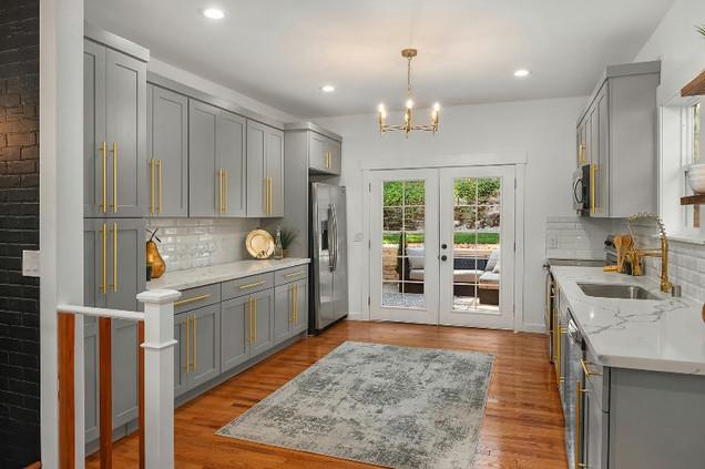 Grey Interior With Golden Accessories: