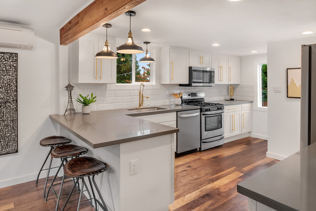 An Attractive Still Elegant Kitchen Interior