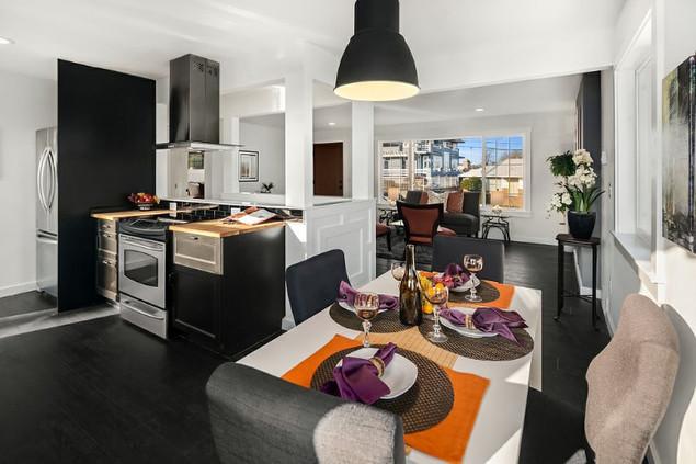 Black & White Kitchen Theme: