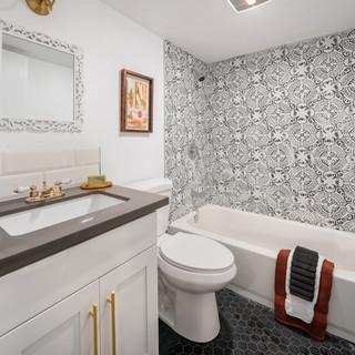 Small Sized Bathroom Remodel Ideas