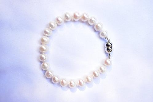 08 / 1 x Button Bracelet ST SILVER VALUE $399