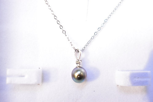 13 / 1 x Tahitian Pearl Pendant ST SILVER VALUE $499